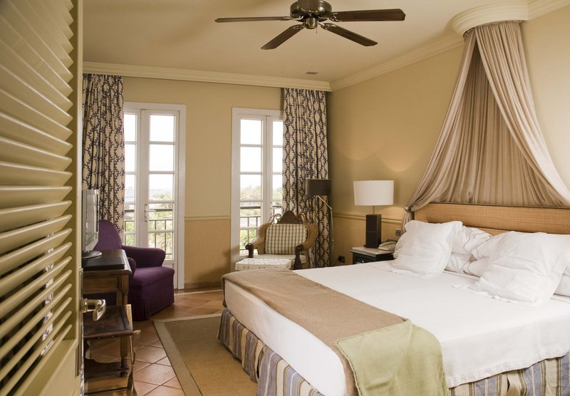 Gran Hotel Bahia Del Duque-Premium Suite sea view<br/>Image from Leonardo
