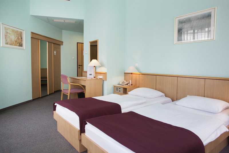 City Hotel Pilvax-Standard twin room<br/>Image from Leonardo