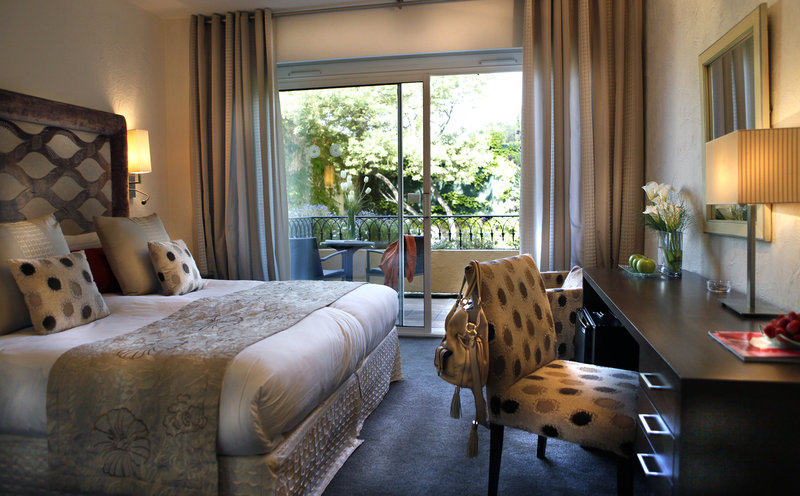 La Perouse Hotel-Superior Room<br/>Image from Leonardo