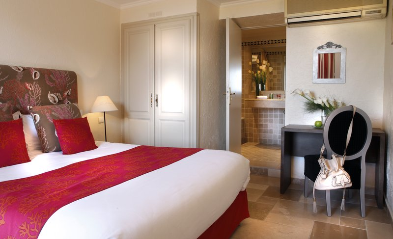 La Perouse Hotel-Classic room<br/>Image from Leonardo