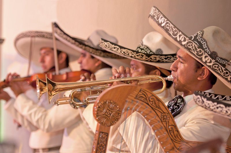 Grand Fiesta Americana Coral Beach Cancun - Mariachi Band <br/>Image from Leonardo