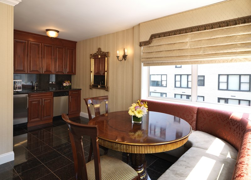 Kimberly Midtown Apartments-Suite 18B Breakfast-nook and wet-bar area<br/>Image from Leonardo