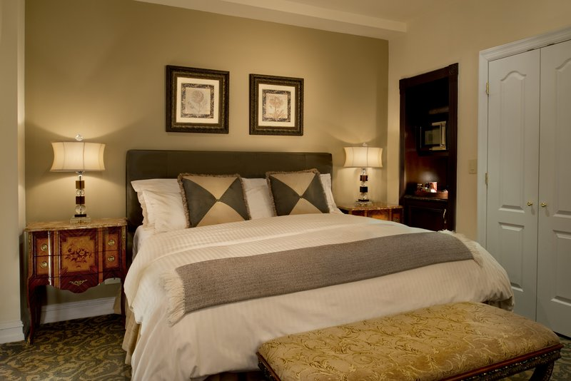 Kimberly Midtown Apartments-Studio at The Kimberly Hotel New York<br/>Image from Leonardo