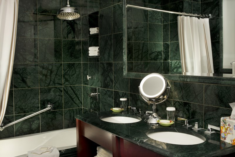 Kimberly Midtown Apartments-F-line Bathroom at The Kimberly Hotel New York<br/>Image from Leonardo