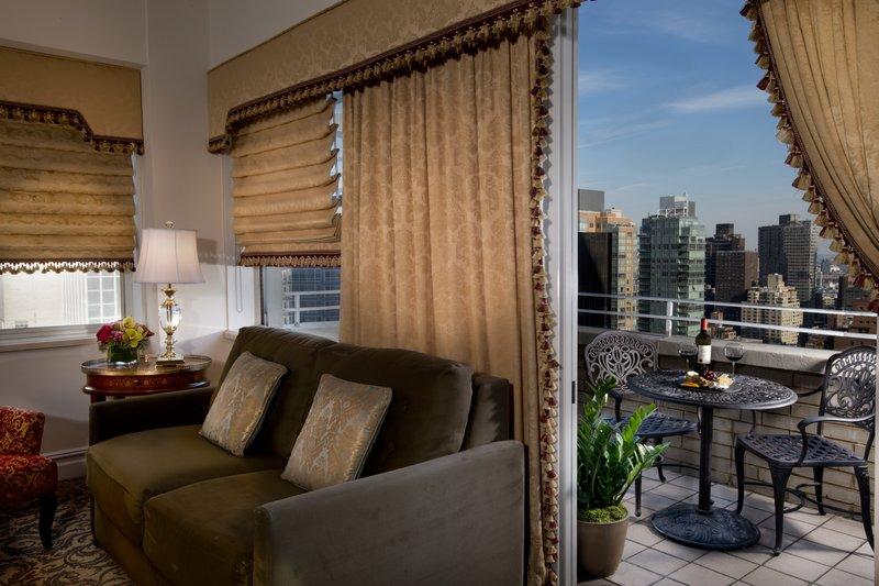Kimberly Midtown Apartments-A-line Livingroom and Balcony <br/>Image from Leonardo