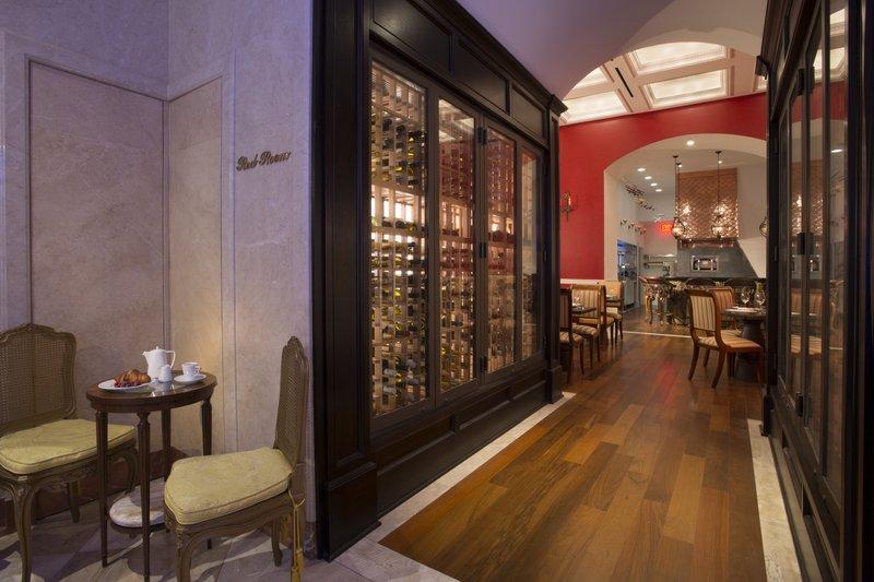 Kimberly Midtown Apartments-Bistango Restaurant at The Kimberly Hotel New York<br/>Image from Leonardo