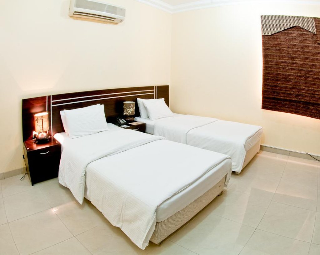 The Royal Riviera Hotel - Guest room <br/>Image from Leonardo