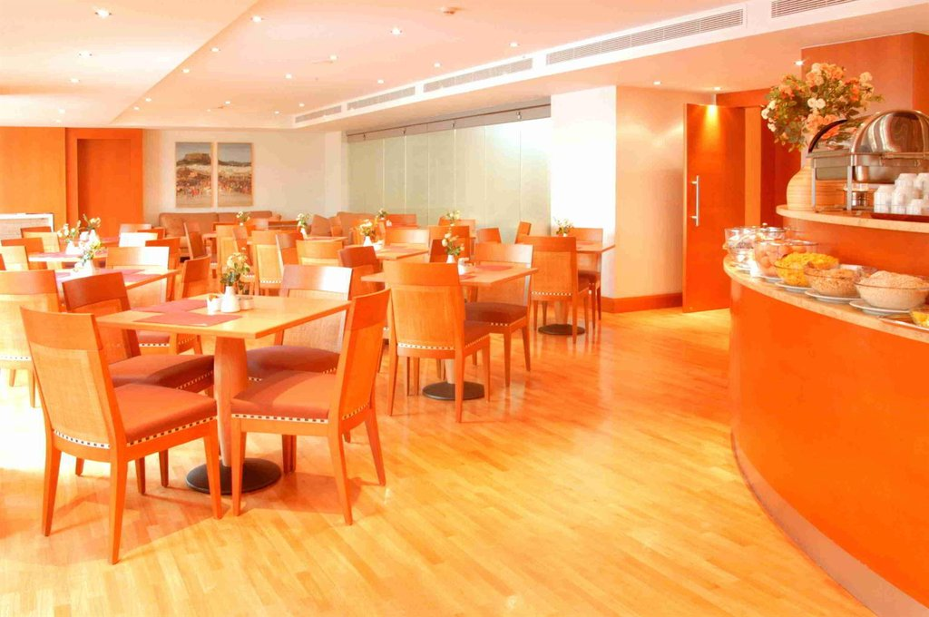 Achilleas Hotel Athens-Restaurant<br/>Image from Leonardo