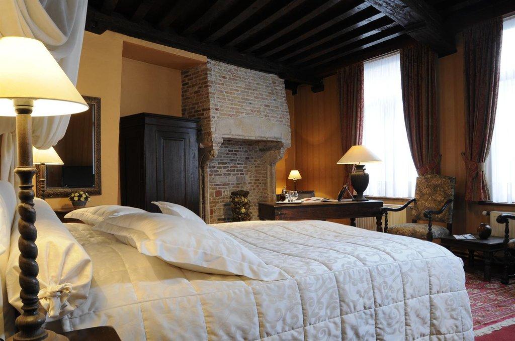De Castillion-Guest room<br/>Image from Leonardo
