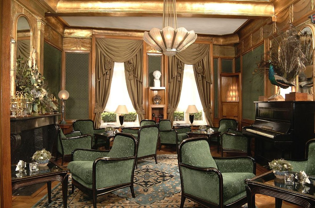 De Castillion-Bar Lounge<br/>Image from Leonardo