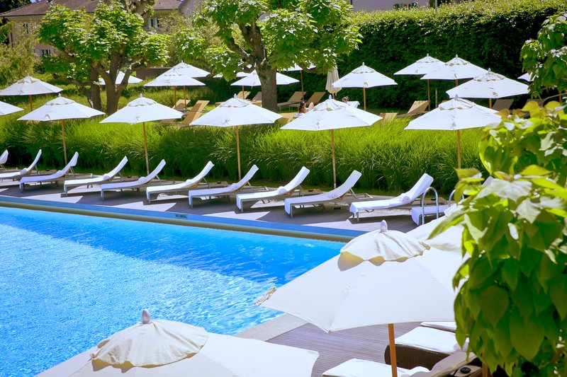InterContinental Geneve-VIew of the Pool and the garden at Poolside<br/>Image from Leonardo
