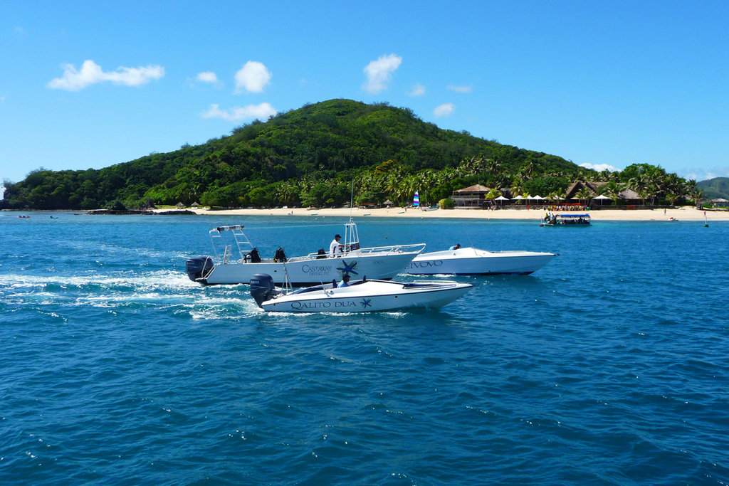 Castaway Island, Fiji-Castaway Island, Fiji - activities - water sports6<br/>Image from Leonardo