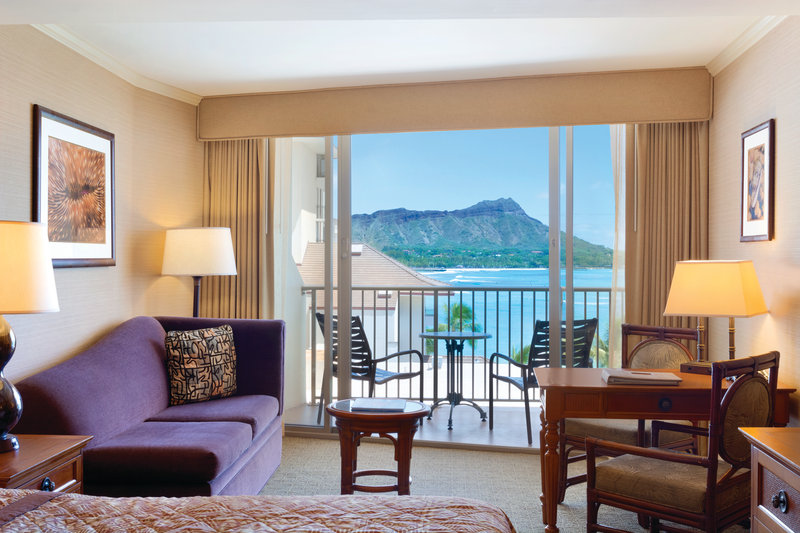 Outrigger Reef Waikiki Beach Resort - Outrigger Reef Waikiki Beach Resort - interior - ocean tower ocean view diamond head <br/>Image from Leonardo