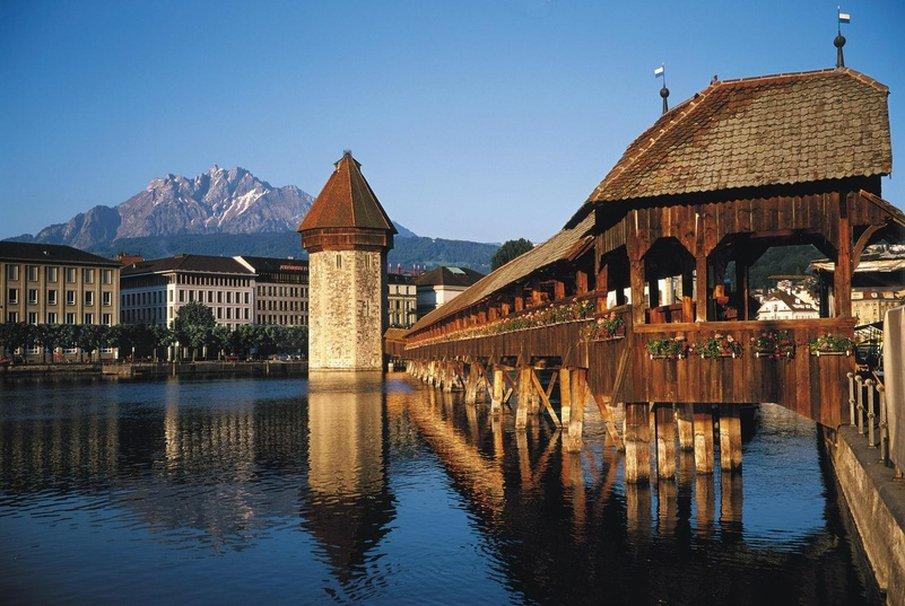 Hotel Schweizerhof Luzern-Luzern Sommer<br/>Image from Leonardo