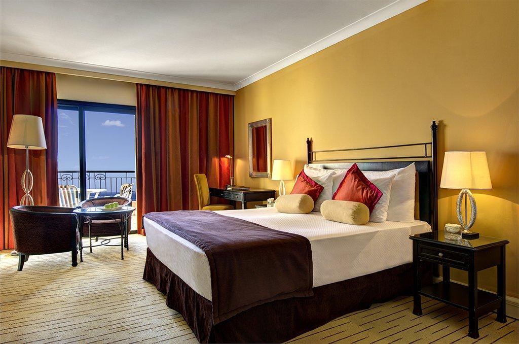 Corinthia Hotel St. George's Bay-Deluxe Seaview Queen Room<br/>Image from Leonardo