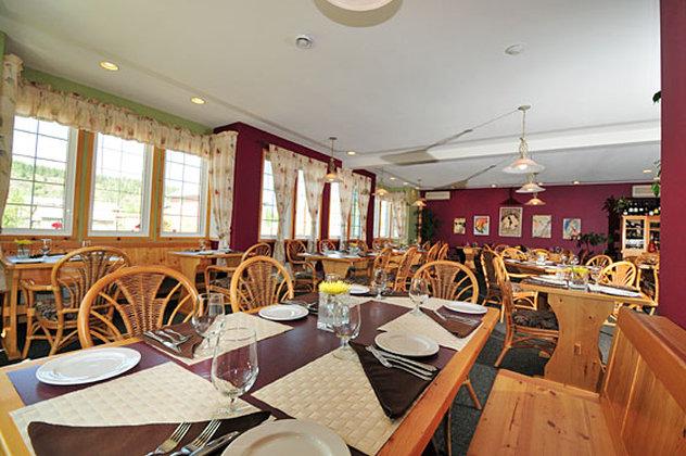 AURORA INN DAWSON CITY-Restaurant2<br/>Image from Leonardo