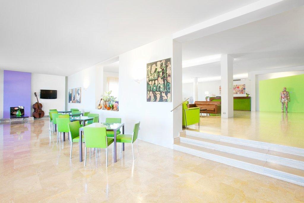 Art Hotel Gran Paradiso - Lobby2 <br/>Image from Leonardo