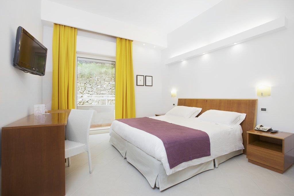 Art Hotel Gran Paradiso - Room <br/>Image from Leonardo