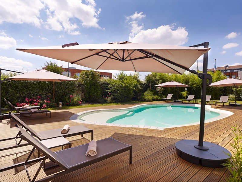 Holiday Inn Express Toulouse Airport-Heated Outdoor Swimming Pool<br/>Image from Leonardo