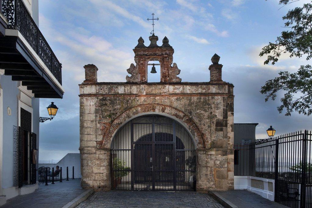 Hotel El Convento - Capilla Del Cristo <br/>Image from Leonardo