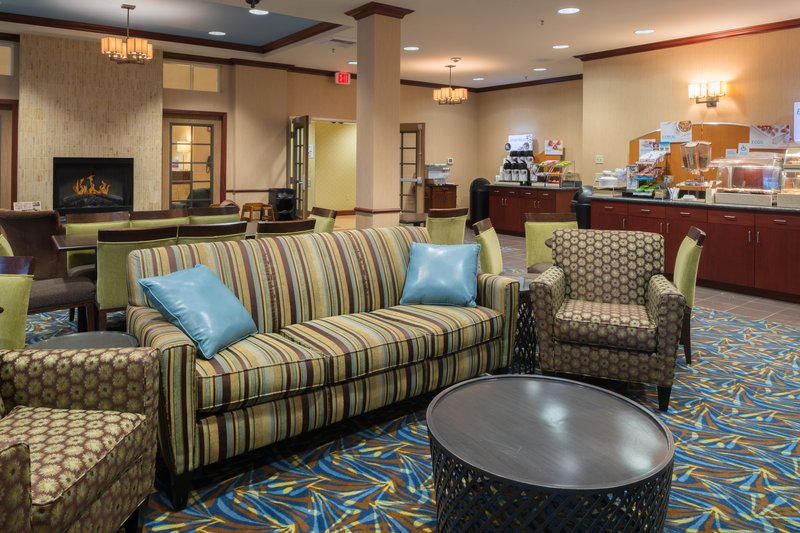 Holiday Inn Express Hotel & Suites North Sequim-Guest Dining Lounge<br/>Image from Leonardo