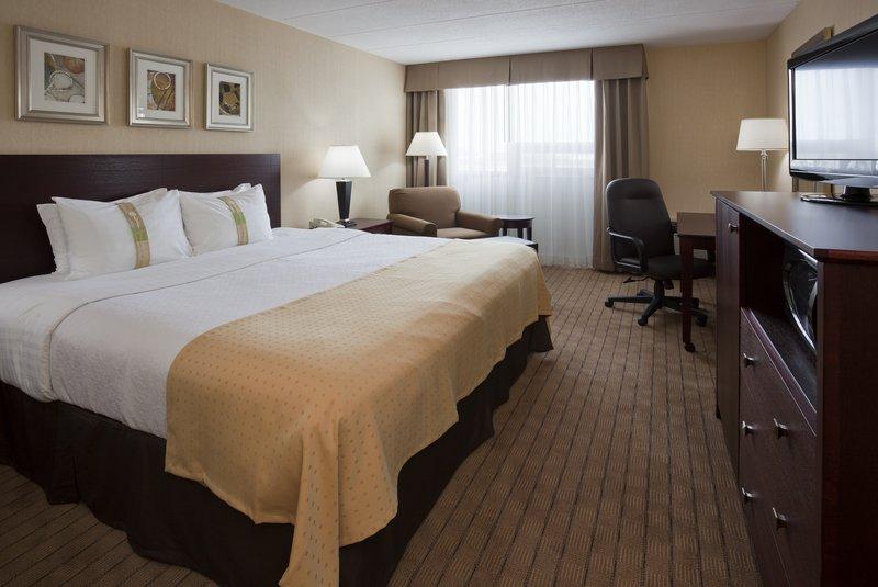 Holiday Inn Burlington - Hotel & Conf Centre-King Bed Guest Room<br/>Image from Leonardo