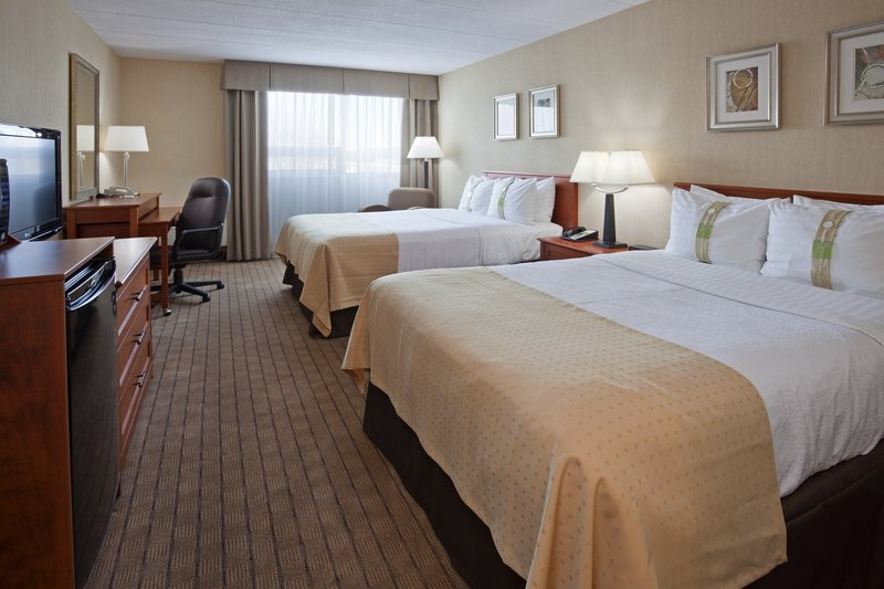 Holiday Inn Burlington - Hotel & Conf Centre-Double Bed Guest Room<br/>Image from Leonardo