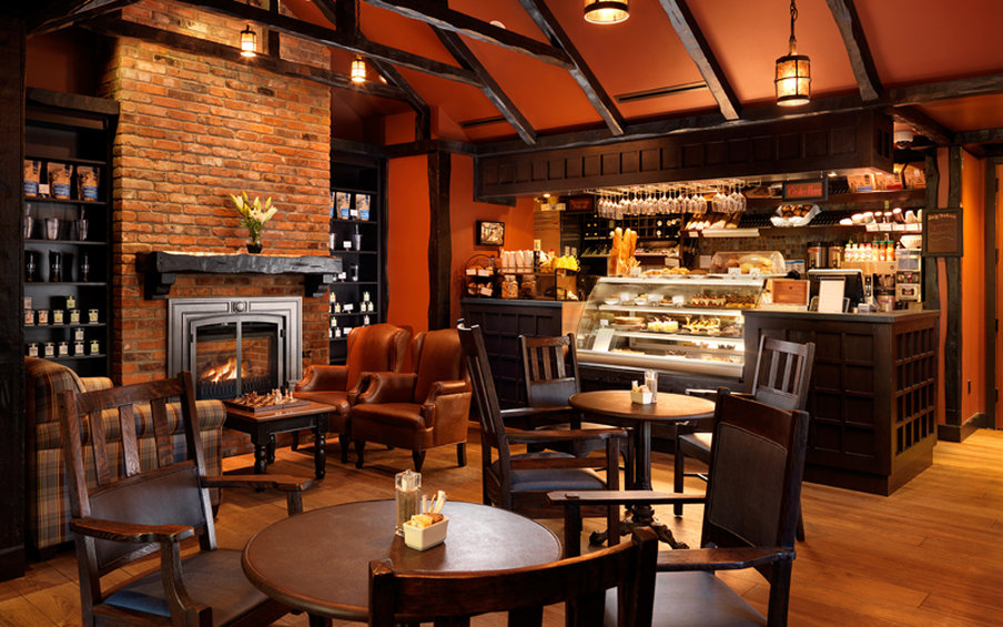 Oak Bay Beach Hotel-Cafe<br/>Image from Leonardo