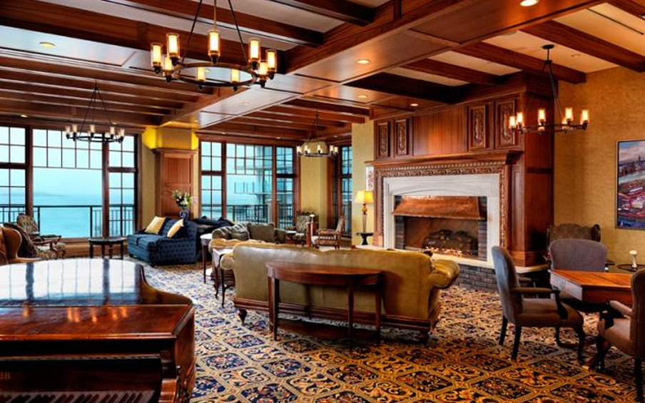 Oak Bay Beach Hotel-Lounge<br/>Image from Leonardo