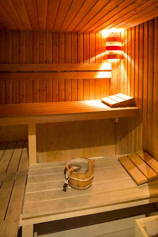 Hotel Canberra Cannes-Sauna<br/>Image from Leonardo