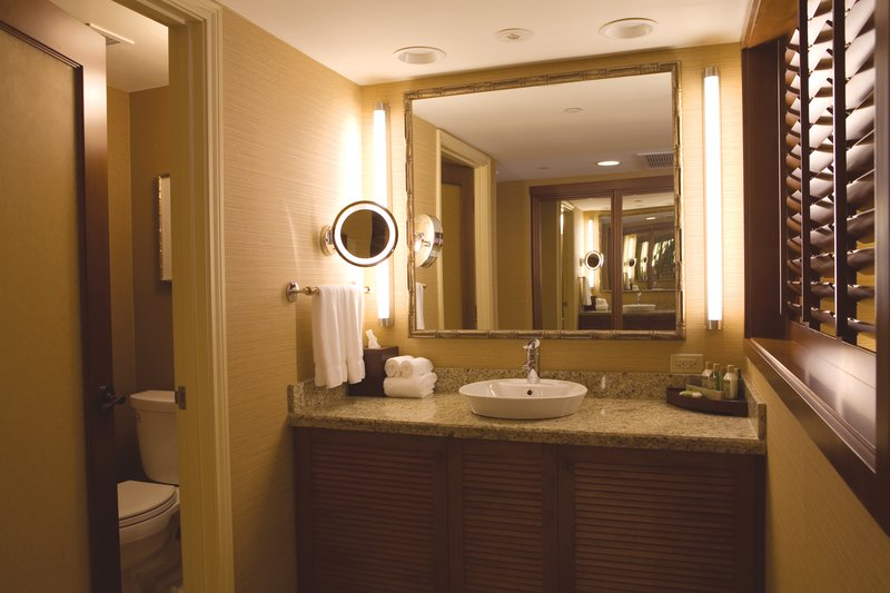 Outrigger Reef Waikiki Beach Resort - Outrigger Reef Waikiki Beach Resort Interior Vanit <br/>Image from Leonardo