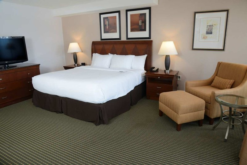 DoubleTree by Hilton Syracuse-King Deluxe<br/>Image from Leonardo
