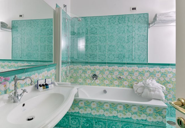 Relais Maresca-Bathroom<br/>Image from Leonardo