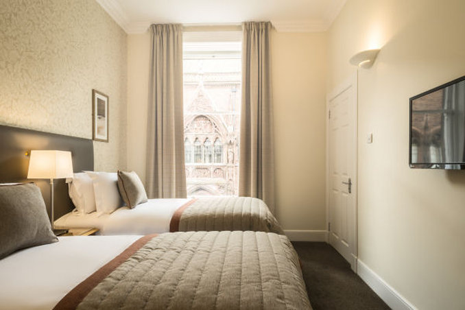 Fountain Court Royal Garden-Typical Twin Bedroom<br/>Image from Leonardo