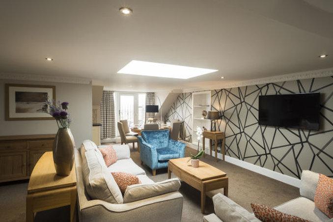 Fountain Court Royal Garden-Penthouse Apartment Lounge<br/>Image from Leonardo