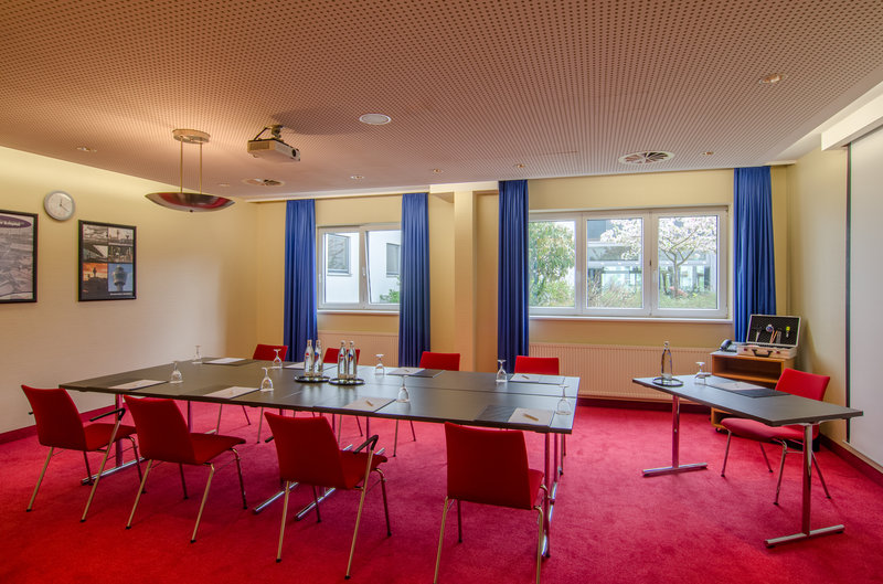 Berlin Airport Conference Centre-Guest Room (amsterdam)<br/>Image from Leonardo