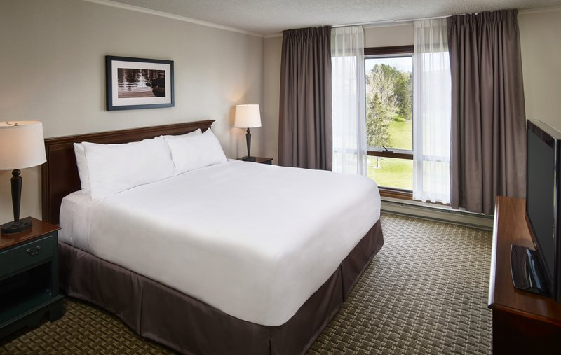 Deerhurst Resort-Condo Master Bedroom<br/>Image from Leonardo