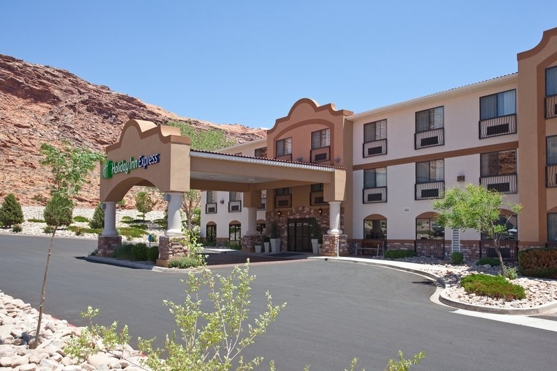 Holiday Inn Express & Suites Moab-Hotel Exterior<br/>Image from Leonardo