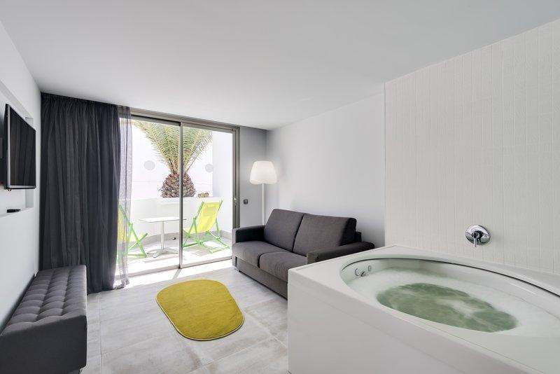 Barcelo Teguise Beach-Guest Room<br/>Image from Leonardo