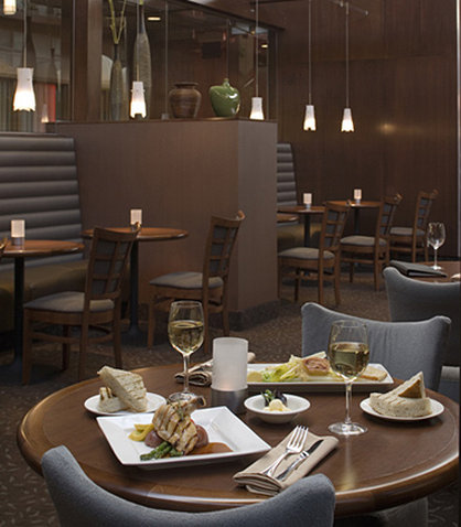 Delta Hotel Calgary South-Atrium Cafe and Skylight Lounge<br/>Image from Leonardo