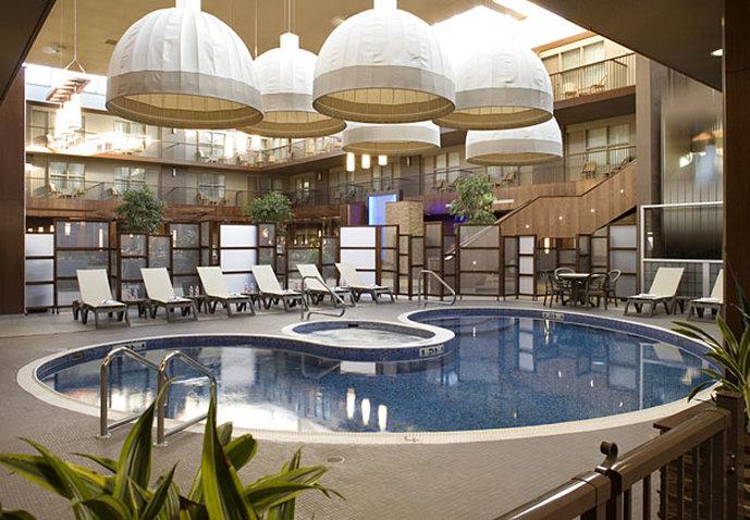 Delta Hotel Calgary South-Indoor Pool<br/>Image from Leonardo