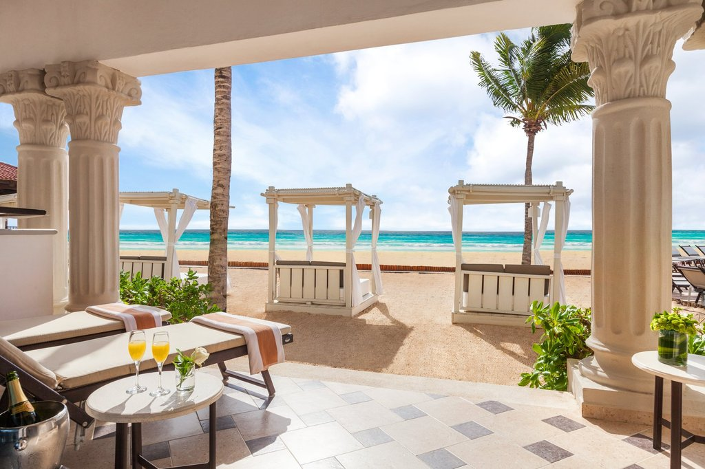 Hilton Playa del Carmen  - Royal Junior Suite Beach Front Walkout <br/>Image from Leonardo