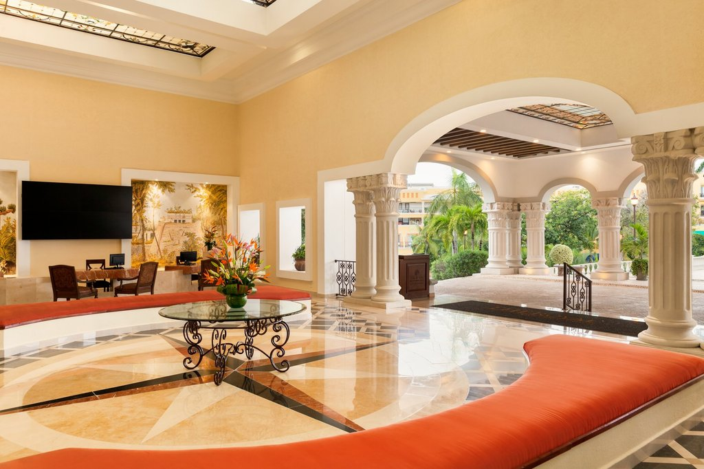 Hilton Playa del Carmen  - The Royal Playa Del Carmen Lobby <br/>Image from Leonardo