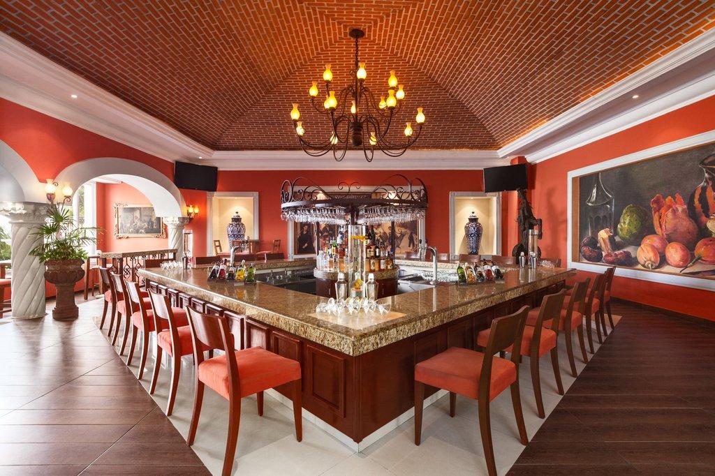 Hilton Playa del Carmen  - Lobby Bar <br/>Image from Leonardo