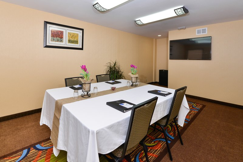 Best Western Plus Fresno Airport Hotel-Meeting Room Facilities<br/>Image from Leonardo