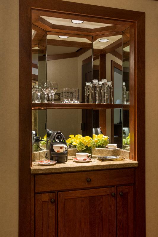 Four Seasons Resort Vail-VAI_Guestroom Honor Bar<br/>Image from Leonardo