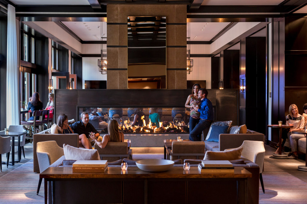 Four Seasons Resort Vail-VAI_The Remedy Bar East Wing<br/>Image from Leonardo