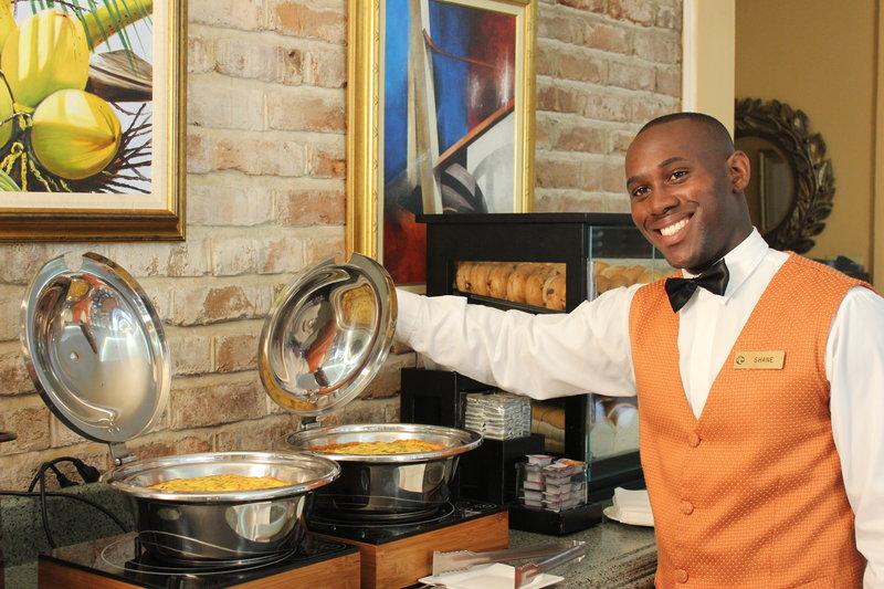The Courtleigh-Courtleigh Hotel & Suites Alexander's Restaurant<br/>Image from Leonardo