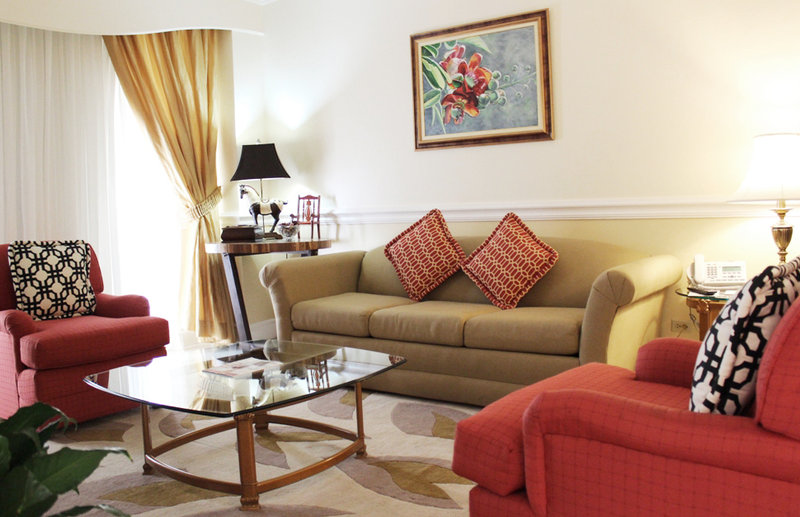 The Courtleigh-Courtleigh Hotel & Suites Presidential Suite Livin<br/>Image from Leonardo