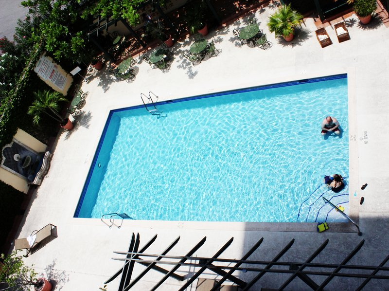 The Courtleigh-Courtleigh Hotel & Suites pool from above.<br/>Image from Leonardo